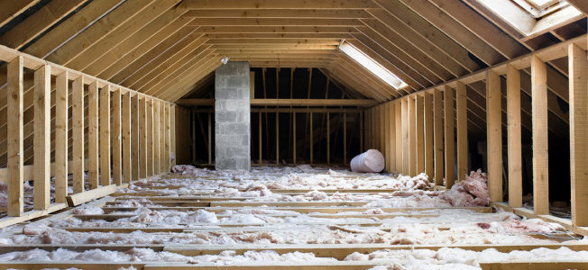 14 Winter Home Improvements that Save You Money