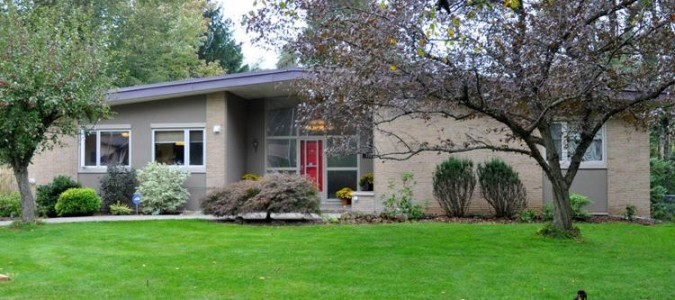 Sold – Desirable Old Ancaster Home