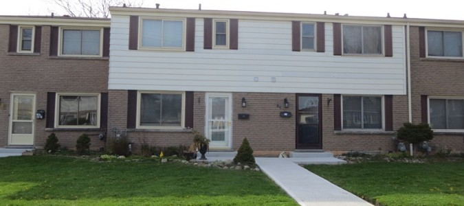 Leased – Lovely West Mountain Townhome.