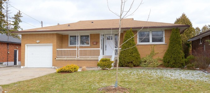 SOLD! Newly renovated all brick West Mountain Ranch
