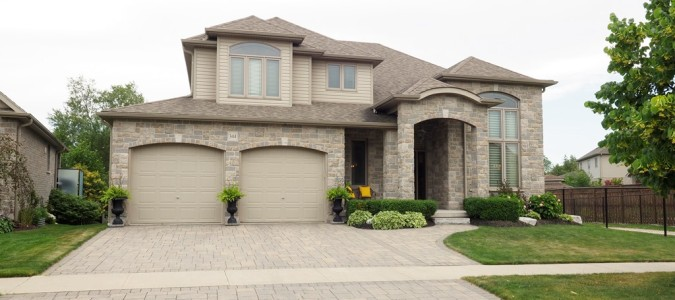 SOLD! THIS STUNNING HOME IN BRESLAU FEATURES SPACE & LUXURY!
