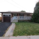 All brick bungalow in great Hamilton location.